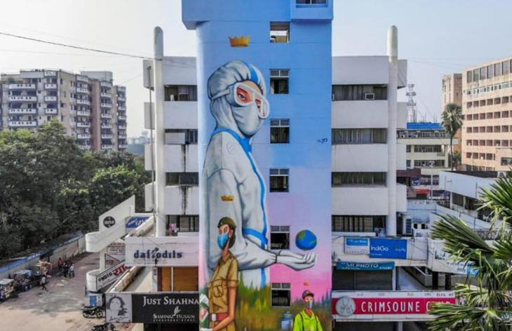 Patna pays tribute to COVID-19 warriors by painting murals of doctors, sanitation workers on buildings